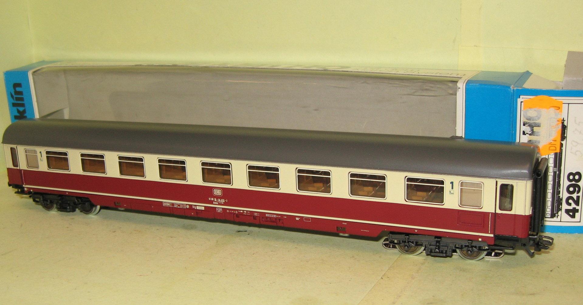 Märklin 4298 DB TEE / IC Abteilwagen Avmz 111 beige-rot m. Schlußlicht Ep