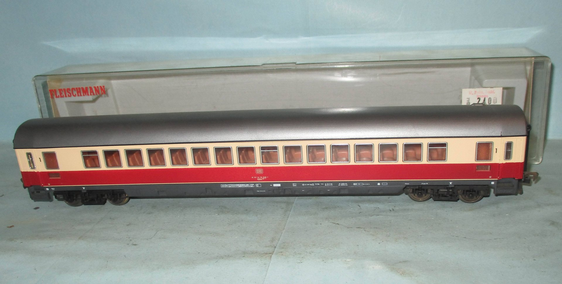Fleischmann 5105 216HO //10 top in OVP Speisewagen rot der DB