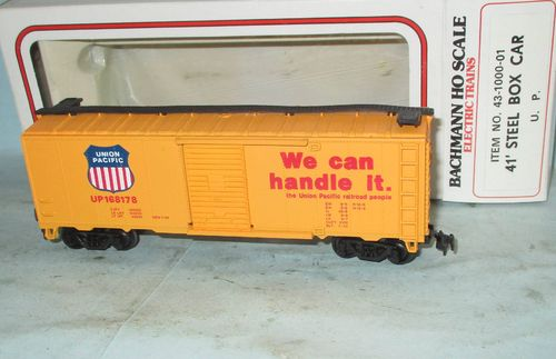 Bachmann 431000 Union Pacific 41' Steel Box Car boxed